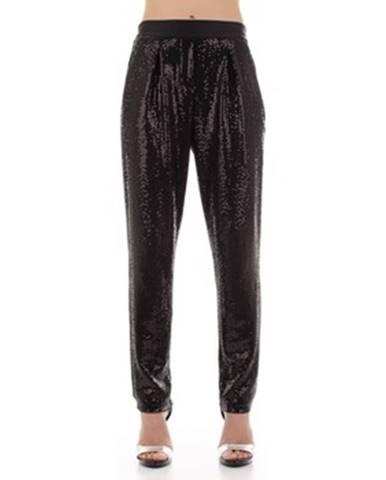 Čierne nohavice Angela Davis