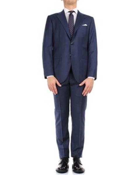 Modrý oblek Kiton