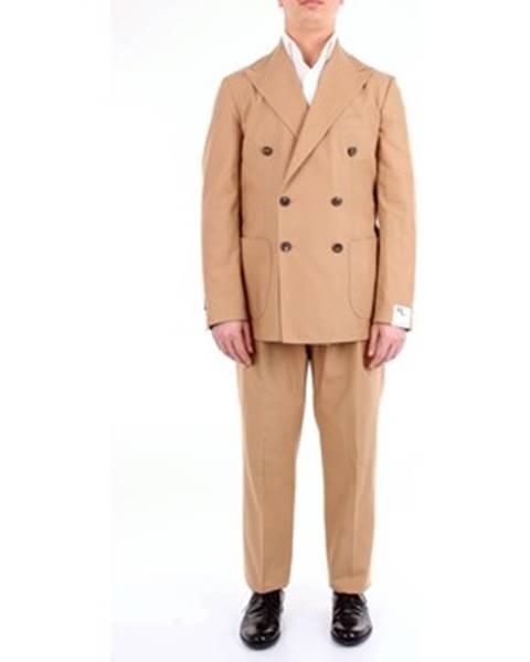 Béžový oblek Doppiaa