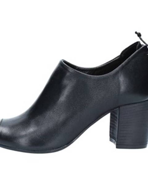 Čierne sandále Zoe