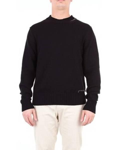 Čierny sveter Covert
