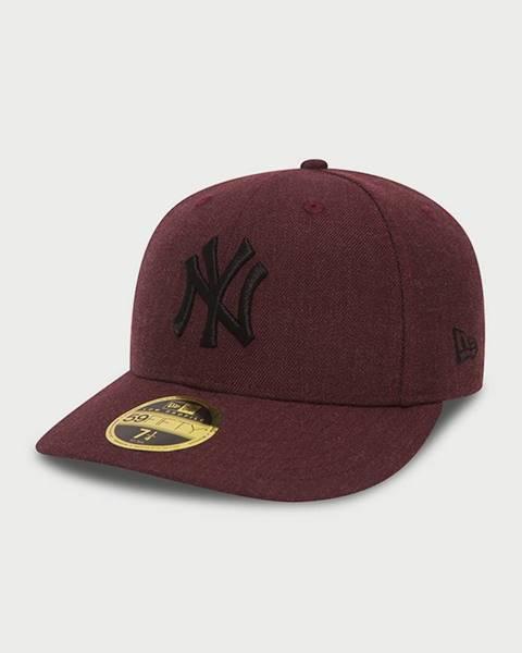 Červená čiapka New Era