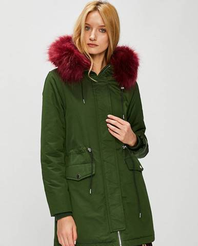 Zelený kabát MEDICINE