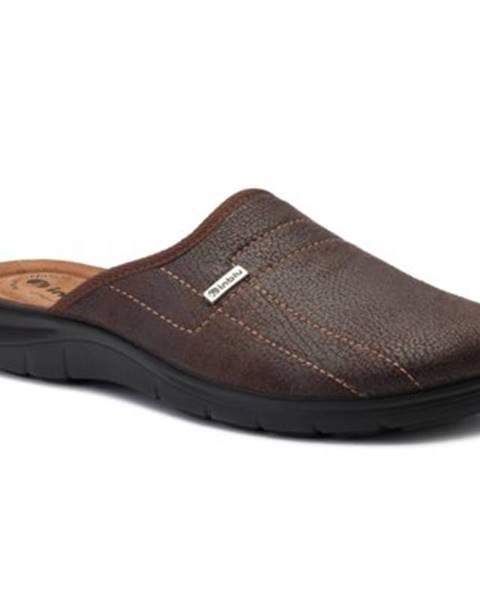 Hnedé papuče